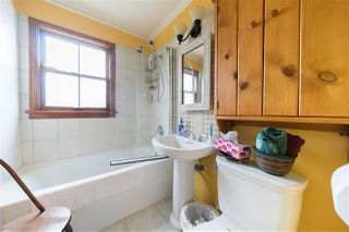 """Photo 12: 2200 STIRLING Avenue in Richmond: Sea Island House for sale in """"BURKEVILLE"""" : MLS®# R2449152"""