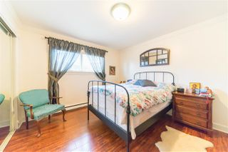 """Photo 8: 2200 STIRLING Avenue in Richmond: Sea Island House for sale in """"BURKEVILLE"""" : MLS®# R2449152"""