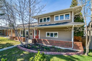 Photo 3: 1152 LAKE BONAVISTA Drive SE in Calgary: Lake Bonavista Detached for sale : MLS®# C4295311
