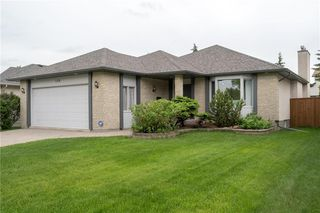 Photo 1: 159 Lindenwood Drive West in Winnipeg: Linden Woods Residential for sale (1M)  : MLS®# 202013127
