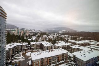 "Photo 10: 1705 3100 WINDSOR Gate in Coquitlam: New Horizons Condo for sale in ""THE LLOYD"" : MLS®# R2475305"