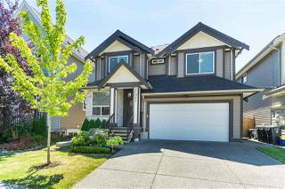 """Photo 3: 20924 81 Avenue in Langley: Willoughby Heights House for sale in """"YORKSON"""" : MLS®# R2480786"""