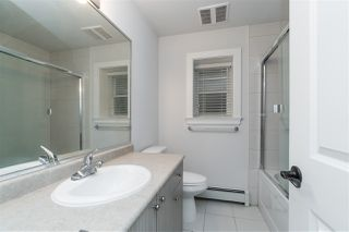 """Photo 33: 20924 81 Avenue in Langley: Willoughby Heights House for sale in """"YORKSON"""" : MLS®# R2480786"""