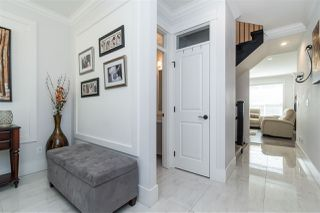 """Photo 5: 20924 81 Avenue in Langley: Willoughby Heights House for sale in """"YORKSON"""" : MLS®# R2480786"""