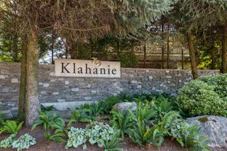 "Photo 2: 108 600 KLAHANIE Drive in Port Moody: Port Moody Centre Condo for sale in ""BOARDWALK AT KLAHANIE"" : MLS®# R2484332"
