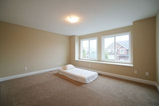 Photo 14: 8075 210 Street in Langley: Willoughby Heights House for sale : MLS®# R2490192