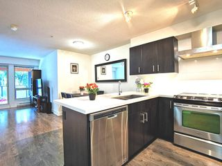 """Photo 6: 216 500 ROYAL Avenue in New Westminster: Downtown NW Condo for sale in """"DOMINION"""" : MLS®# R2502994"""