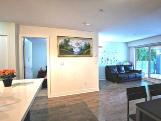 """Photo 7: 216 500 ROYAL Avenue in New Westminster: Downtown NW Condo for sale in """"DOMINION"""" : MLS®# R2502994"""
