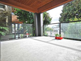 """Photo 18: 216 500 ROYAL Avenue in New Westminster: Downtown NW Condo for sale in """"DOMINION"""" : MLS®# R2502994"""