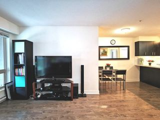 """Photo 10: 216 500 ROYAL Avenue in New Westminster: Downtown NW Condo for sale in """"DOMINION"""" : MLS®# R2502994"""