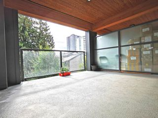"""Photo 17: 216 500 ROYAL Avenue in New Westminster: Downtown NW Condo for sale in """"DOMINION"""" : MLS®# R2502994"""