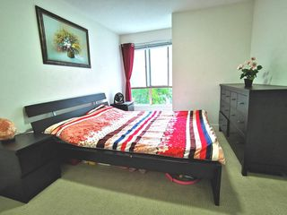 """Photo 11: 216 500 ROYAL Avenue in New Westminster: Downtown NW Condo for sale in """"DOMINION"""" : MLS®# R2502994"""