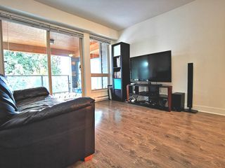 """Photo 9: 216 500 ROYAL Avenue in New Westminster: Downtown NW Condo for sale in """"DOMINION"""" : MLS®# R2502994"""
