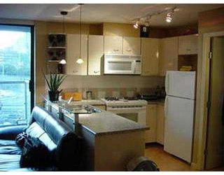 """Photo 6: 707 501 PACIFIC ST in Vancouver: Downtown VW Condo for sale in """"THE 501"""" (Vancouver West)  : MLS®# V594024"""