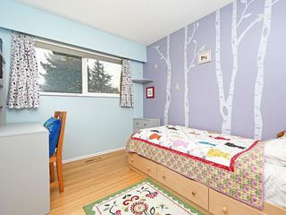 Photo 12: 2111 CENTENNIAL Avenue in Port Coquitlam: Glenwood PQ House for sale : MLS®# R2399551