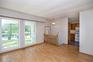 Photo 2: 25 Costello Drive in Winnipeg: Crestview Residential for sale (5H)  : MLS®# 1926996