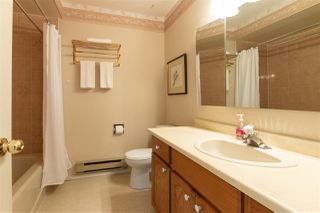 """Photo 14: 68 32691 GARIBALDI Drive in Abbotsford: Abbotsford West Townhouse for sale in """"CARRIAGE LANE"""" : MLS®# R2408776"""