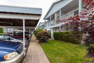 """Photo 3: 68 32691 GARIBALDI Drive in Abbotsford: Abbotsford West Townhouse for sale in """"CARRIAGE LANE"""" : MLS®# R2408776"""