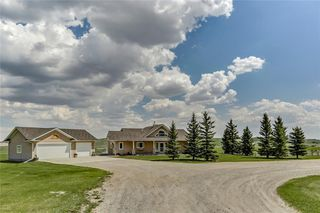 Photo 2: Okotoks 119 acres,home, shop,barn Street W: Rural Foothills County Detached for sale : MLS®# C4274298