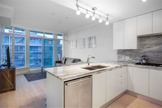 "Photo 6: 805 185 VICTORY SHIP Way in North Vancouver: Lower Lonsdale Condo for sale in ""CASCADE AT THE PIER"" : MLS®# R2421041"