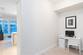 "Photo 13: 805 185 VICTORY SHIP Way in North Vancouver: Lower Lonsdale Condo for sale in ""CASCADE AT THE PIER"" : MLS®# R2421041"