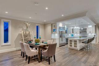 Photo 3: 5173 2 Avenue in Delta: Pebble Hill House for sale (Tsawwassen)  : MLS®# R2427282