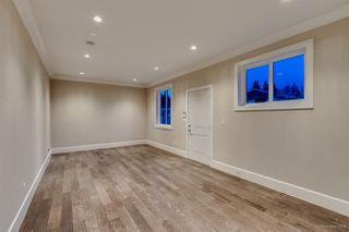 Photo 12: 5173 2 Avenue in Delta: Pebble Hill House for sale (Tsawwassen)  : MLS®# R2427282