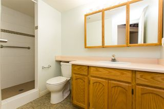 """Photo 15: 114 5375 205 Street in Langley: Langley City Condo for sale in """"Glenmont Park"""" : MLS®# R2461210"""