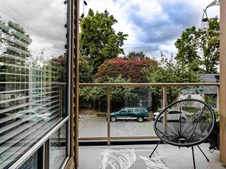 "Photo 2: 206 1100 W 7TH Avenue in Vancouver: Fairview VW Condo for sale in ""WINDGATE CHOKLIT PARK"" (Vancouver West)  : MLS®# R2467547"