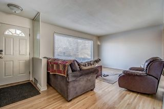Photo 5: 49 Montrose Crescent NE in Calgary: Winston Heights/Mountview Detached for sale : MLS®# A1058784