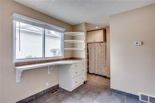 Photo 15: 113 WOODSMAN Lane SW in Calgary: Woodbine Row/Townhouse for sale : MLS®# C4259264