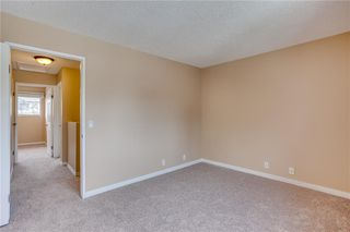 Photo 25: 113 WOODSMAN Lane SW in Calgary: Woodbine Row/Townhouse for sale : MLS®# C4259264