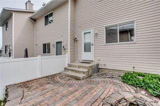 Photo 32: 113 WOODSMAN Lane SW in Calgary: Woodbine Row/Townhouse for sale : MLS®# C4259264