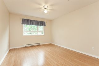 "Photo 15: 205 20189 54 Avenue in Langley: Langley City Condo for sale in ""Catalina Gardens"" : MLS®# R2403720"