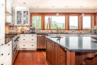 Photo 14: 40543 THUNDERBIRD Ridge in Squamish: Garibaldi Highlands House for sale : MLS®# R2404519