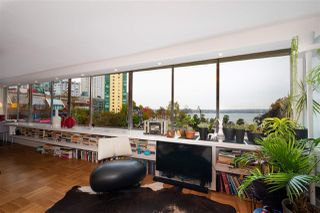 """Photo 5: 302 1835 MORTON Avenue in Vancouver: West End VW Condo for sale in """"Ocean Towers"""" (Vancouver West)  : MLS®# R2414239"""