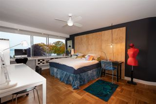 """Photo 10: 302 1835 MORTON Avenue in Vancouver: West End VW Condo for sale in """"Ocean Towers"""" (Vancouver West)  : MLS®# R2414239"""