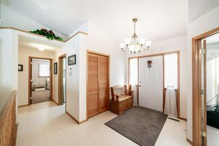 Photo 5: 16216 63 Street in Edmonton: Zone 03 House for sale : MLS®# E4186571