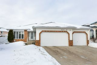 Photo 2: 16216 63 Street in Edmonton: Zone 03 House for sale : MLS®# E4186571