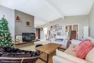 Photo 2: 8500 SEAFAIR Drive in Richmond: Seafair House for sale : MLS®# R2435912