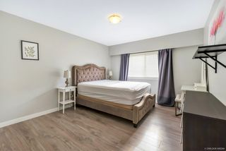 Photo 5: 8500 SEAFAIR Drive in Richmond: Seafair House for sale : MLS®# R2435912