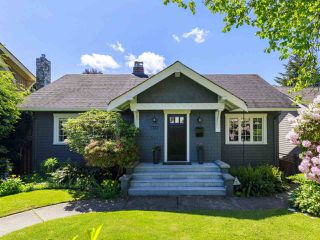 "Main Photo: 3322 W 38TH Avenue in Vancouver: Dunbar House for sale in ""DUNBAR"" (Vancouver West)  : MLS®# R2458457"