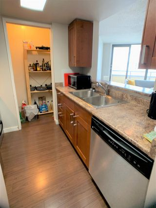 """Photo 7: 1702 789 DRAKE Street in Vancouver: Downtown VW Condo for sale in """"CENTURY TOWER"""" (Vancouver West)  : MLS®# R2471866"""