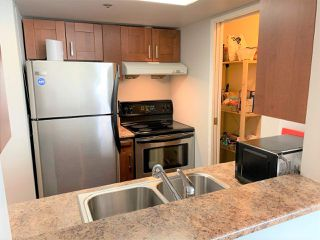 """Photo 5: 1702 789 DRAKE Street in Vancouver: Downtown VW Condo for sale in """"CENTURY TOWER"""" (Vancouver West)  : MLS®# R2471866"""
