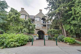 "Photo 2: 304 5518 14 Avenue in Delta: Cliff Drive Condo for sale in ""SOMMERSET @ WINDSOR WOODS"" (Tsawwassen)  : MLS®# R2494396"
