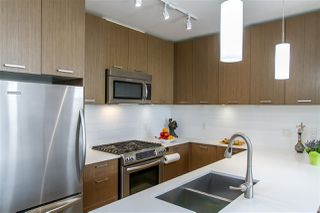 "Photo 5: 303 1177 MARINE Drive in North Vancouver: Norgate Condo for sale in ""THE DRIVE"" : MLS®# R2497656"