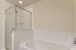 "Photo 14: 303 1177 MARINE Drive in North Vancouver: Norgate Condo for sale in ""THE DRIVE"" : MLS®# R2497656"