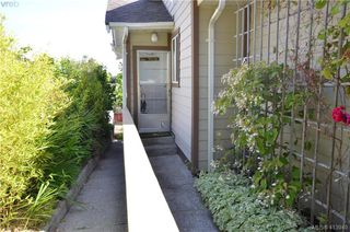 Photo 34: 569 Leaside Ave in VICTORIA: SW Glanford Single Family Detached for sale (Saanich West)  : MLS®# 820971