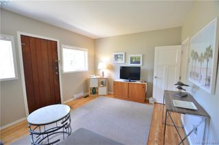 Photo 17: 569 Leaside Avenue in VICTORIA: SW Glanford Single Family Detached for sale (Saanich West)  : MLS®# 413940