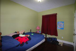 Photo 4: 9818 154 Street in Edmonton: Zone 22 House for sale : MLS®# E4170354